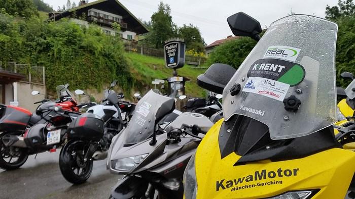 Real MotoSports สานฝัน12นักบิด ลุยยุโรปพิชิต 4 ประเทศ