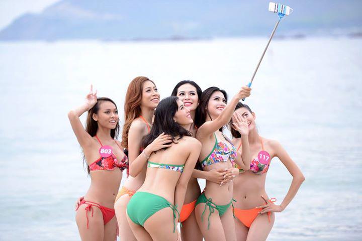 ไปดูมิสเวียดนามยูนิเวิร์ส In Bikini เซลฟี้ เซลฟี่ หนุ่มๆ ตาแฉะ