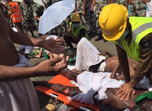ผู้แสวงบุญชาวมุสลิมเหยียบกันตายหลายร้อยศพ ระหว่างทำพิธีฮัจญ์ที่ซาอุฯ