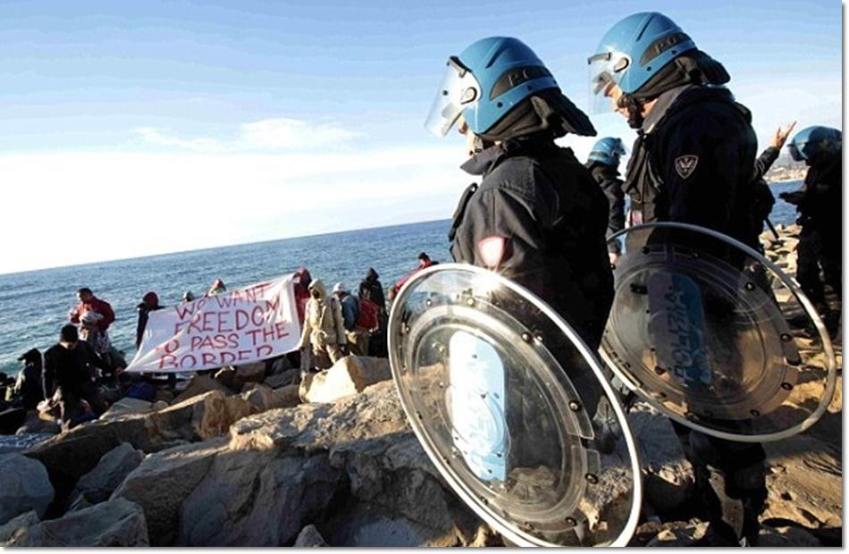 """""""ตำรวจอิตาลี"""" ไล่ที่ผู้อพยพซีเรียข้างทาง ห่างฝรั่งเศสแค่ 100 ม. หลังอ้าง """"แอบใช้น้ำไฟฟรี"""""""
