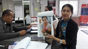 สาวสปาโร่แจ้งความหลังถูกสาวแสบหลอกฝากเข้าทำงานในการบินไทย