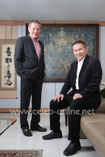 """[เซเลบแฝด] คู่แฝดนักธุรกิจหมื่นล้าน """"บุญชัย & บุญเกียรติ โชควัฒนา"""" Twin Power แห่งเครือสหพัฒน์"""