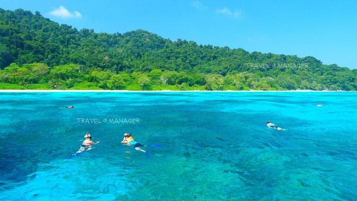 การดำน้ำ อีกหนึ่งกิจกรรมยอดนิยมที่เกาะ