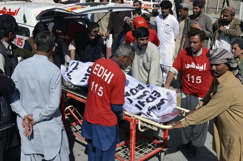 คนร้ายวางระเบิดรถไฟปากีสถาน ตายอย่างน้อย 3 ราย