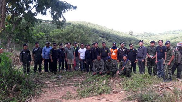 ยึดเรียบ! ป่าไม้เพชรบูรณ์ยึดป่าคืนอีกเกือบ 800 ไร่พบนายทุนใช้ภูเขาทั้งลูกปลูกยางพารา