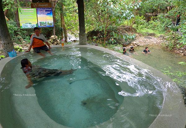 สุขภาพดี๊ดี ที่เมืองระนอง แช่น้ำแร่ร้อนพรรั้ง - รักษะวาริน
