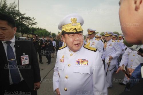 """""""ประวิตร-บิ๊ก ทอ."""" พร้อมผู้นำทัพฟ้าจีน ชมแสดงบินผาดแผลง ประเดิมจีนร่วมฝึกไทย"""
