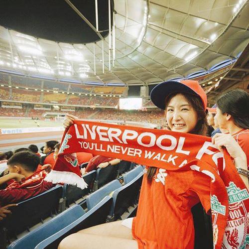 ตามเชียร์ทีมรักถึงขอบสนามตอนมาไทย