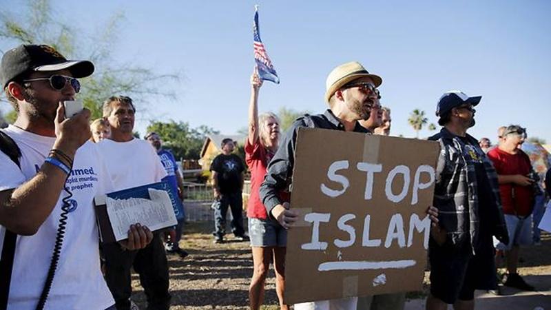 ผลการศึกษาล่าสุด พบ มัสยิด-ศูนย์วัฒนธรรมอิสลามในสหรัฐฯ ตกเป็นเป้าการโจมตีสูงสุดปีนี้ ชี้ กระแสเกลียดชังชาวมุสลิมใน US เพิ่มขึ้นต่อเนื่อง