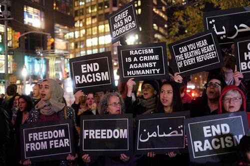 มุสลิมในอเมริกาผวากระแสต้าน โดนหนักหลังเหตุร้าย-ทรัมป์ปลุกปั่น