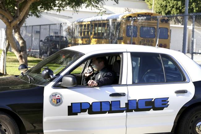 สหรัฐฯผวาหนัก!ปิดโรงเรียนทั่วลอสแองเจลิส หลังได้รับอีเมล์ขู่โจมตี