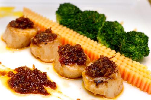 หอยเชล์ผัดซอสเอ็กโอ