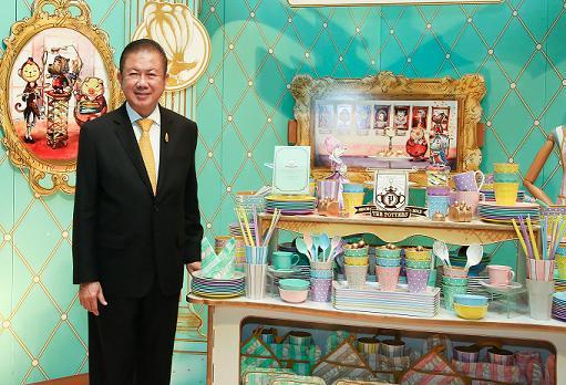"""ศรีไทยฯ ลดเป้าลงทุนปี 59 เหลือ 900 ล้าน ปั้น """"THE POTTERS"""" จับรุ่นใหม่"""