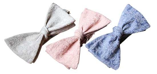 หูกระต่าย ผ้าปักลายหลุยส์ สีฟ้าคราม, ชมพู, ครีมราคา 2,250 บาท
