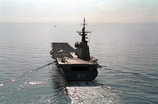 ซาบลุ้น Naval Gripen เมดอินอินเดีย เล็งฟื้นชีพ รล.จักรีนฤเบศร