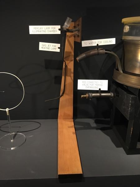 Rutherford-Bohr atomic models