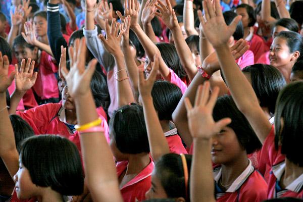UNICEF Photo of the Week : ยูนิเซฟเรียกร้องให้ผู้ใหญ่รับฟังเสียงของเด็กและเยาวชนมากขึ้น
