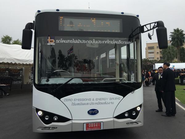 รถโดยสารไฟฟ้าประกอบในประเทศไทย โดย บ.ล็อกซเลย์ จำกัด (มหาชน)