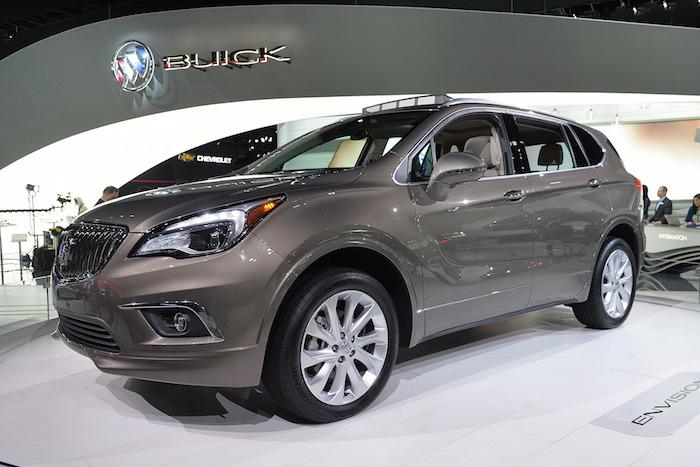 SUV ระดับหรูใหม่อีกรุ่นของ Buick ที่จะทำตลาดในสหรัฐอเมริกาด้วยชื่อ Envision พร้อมเครื่องยนต์ 4 สูบ 2,000 ซีซี เทอร์โบ 252 แรงม้า