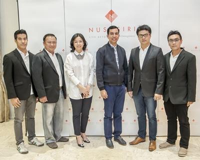 ณุศาศิริ ต้อนรับคณะ Jaguar Daimler Club of Thailand