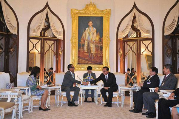 """""""บิ๊กตู่"""" ขอบคุณทูตอินโดฯ เสริมความสัมพันธ์ พร้อมร่วมมือต่อรองตลาดโลก เชิญ ปธน.เยือน"""