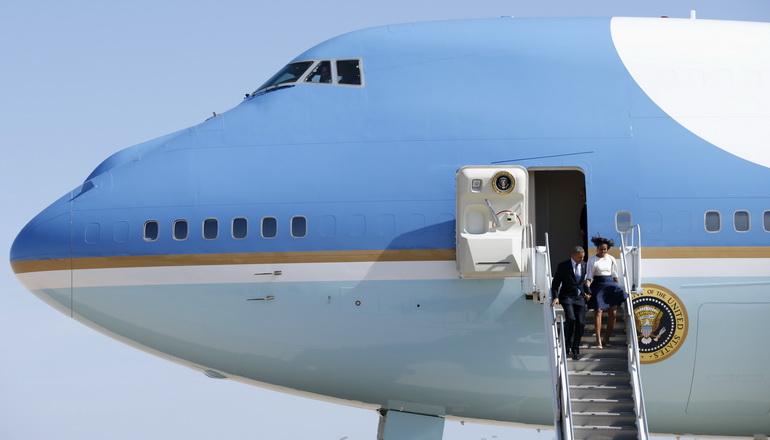 """ตามคาด! สหรัฐฯ เลือกโบอิ้ง 747-8 เป็น """"แอร์ฟอร์ซวัน"""" ฝูงใหม่"""