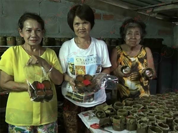 """""""ขนมเข่งเมืองตรัง"""" ยอดขายพุ่งกระฉูด! รับเทศกาลตรุษจีนแม้ต้นทุนเพิ่มกว่าเท่าตัว (ชมคลิป)"""