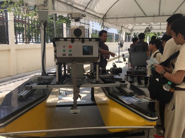 เรือหุ่นยนต์