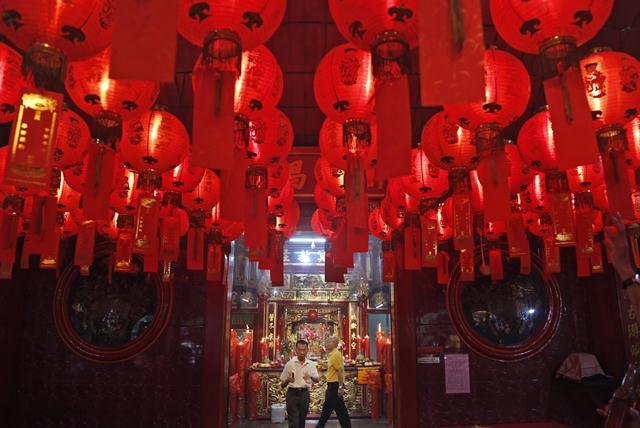 ไหว้เทพวันตรุษจีน และความหมายพิธีกรรมนำสิริมงคลโชคลาภ