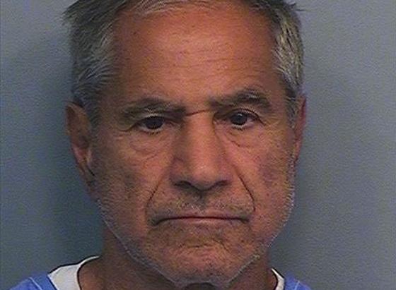 เซอร์แฮน เซอร์แฮน วัย 71 ปี ผู้อพยพชาวปาเลสไตน์ซึ่งถูกตัดสินจำคุกตลอดชีวิตในคดีลอบสังหาร ส.ว. โรเบิร์ต ฟรานซิส เคนเนดี น้องชายแท้ๆ ของอดีตประธานาธิบดี จอห์น เอฟ. เคนเนดี แห่งสหรัฐฯ