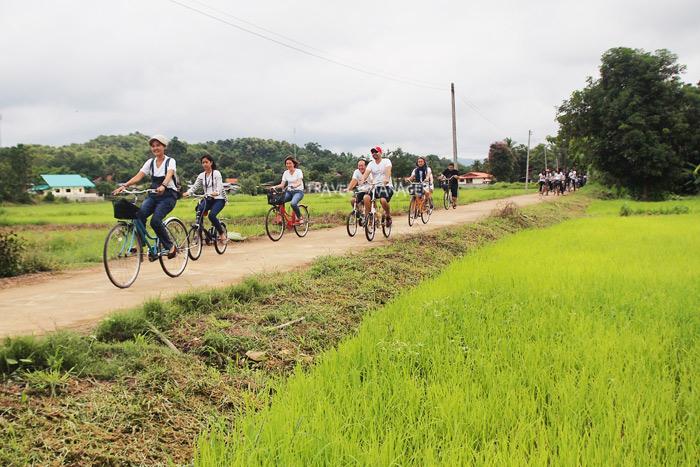 ปั่นจักรยานสัมผัสวิถีชุมชนที่บ้านนาต้นจั่น