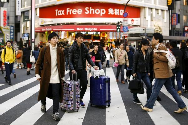 ถุงยางฯ ผ้าอนามัย กรรไกรตัดเล็บ สินค้ายอดฮิตของนักท่องเที่ยวจีนในญี่ปุ่น