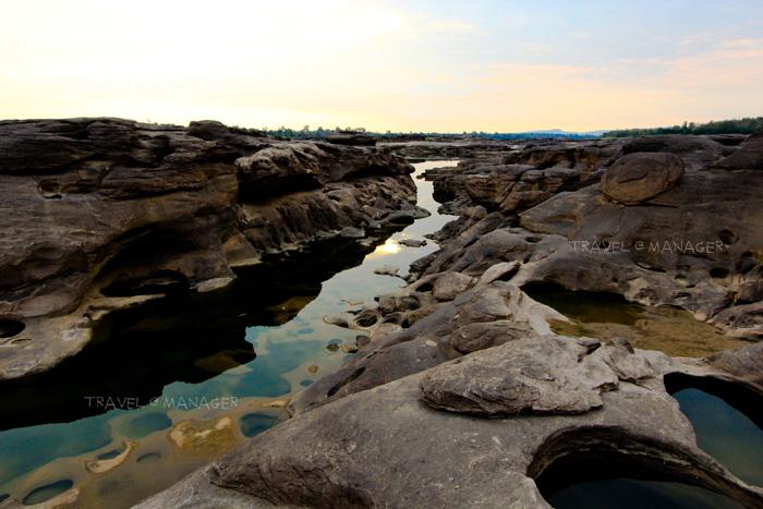 """""""มหัศจรรย์แห่งลุ่มแม่น้ำโขง"""" โบกสวย หินงาม หาดทรายสวย ที่ อุบลราชธานี"""