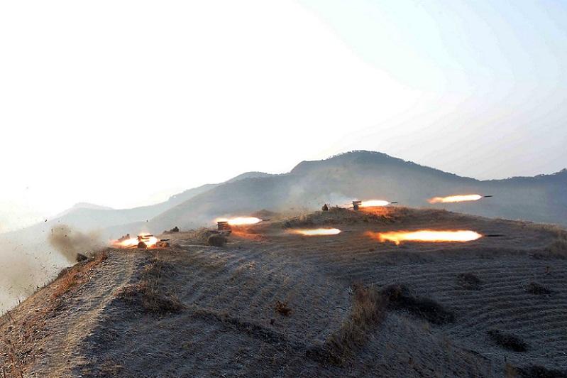 ภาพการทดสอบยิงขีปนาวุธของกองทัพเกาหลีเหนือ ณ สถานที่ซึ่งไม่เปิดเผย (ภาพ : KCNA)