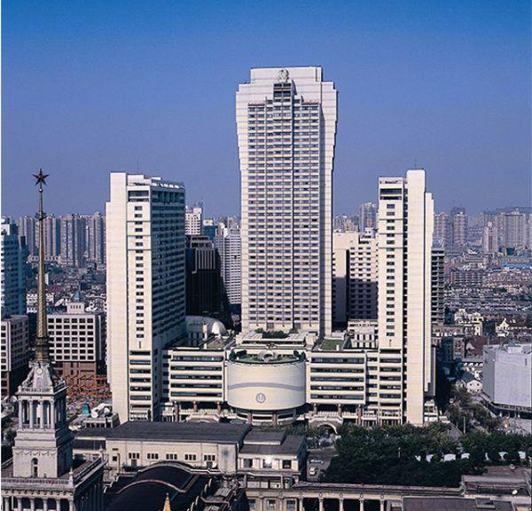 อาคารเซี่ยงไฮ้ เซ็นเตอร์ (ภาพไป๋เคอ เว็บสารานุกรมจีน)