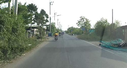 ชาวบ้านโพธิ์เอือมเด็กแว้นยึดถนนวันหยุดซิ่งแข่งกันทั้งวัน