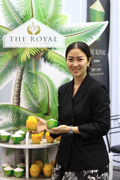 'THE ROYAL' ไอศกรีมแพกเกจเลิศ ยกผลไม้ไทยเอาใจนอก