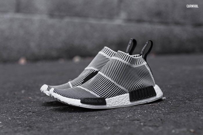 Adidas Originals NMD CS1 (City Sock) – ดีไซน์แบบ Sock-fit Primeknit  เทคโนโลยีการทอให้มีลักษณะคล้ายถุงเท้า