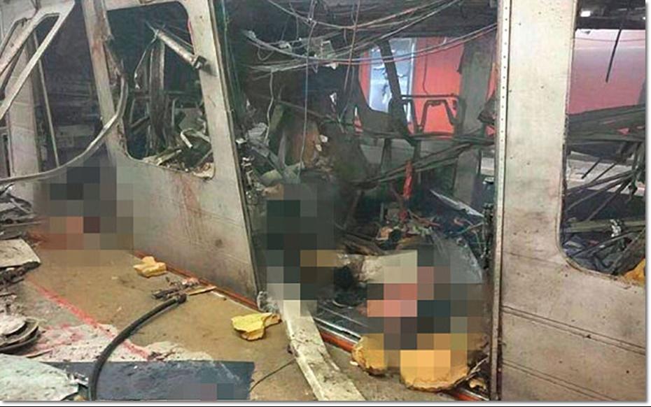 "In Pics & Clips : ระเบิดสนามบินเบลเยียม ยอดดับพุ่ง 34 บาดเจ็บ 170 ""ก่อเหตุโจมตีพร้อมกันหลายจุด"" คาด 2 คนร้ายโจมตีปารีสที่ยังคงหลบหนีอยู่เบื้องหลัง"
