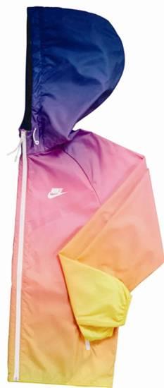 Nike  Jacket r ราคา 4,200 บาท
