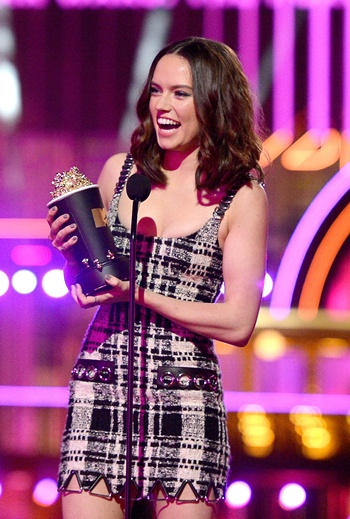 'Star Wars' wins big at MTV awards