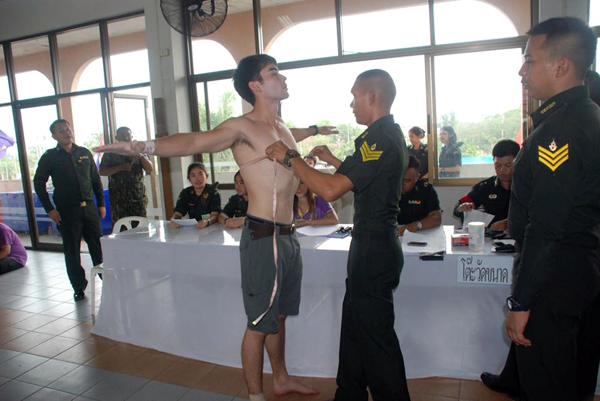 เกณฑ์ทหารปี 59 ชายไทยสมัคร 4.7 หมื่น เต็ม 9 เขต 15 อำเภอ