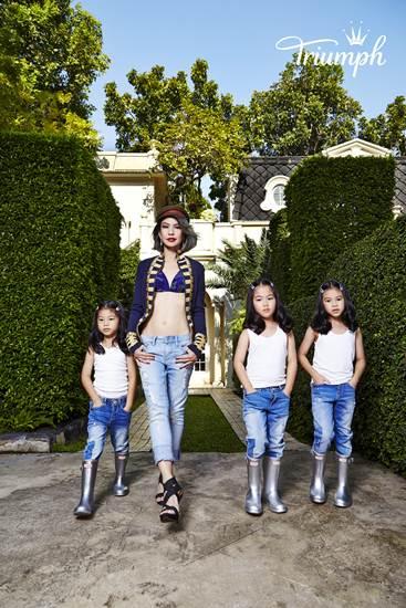 ปัทมน อดิเรกสาร และลูกสาวแฝดสาม