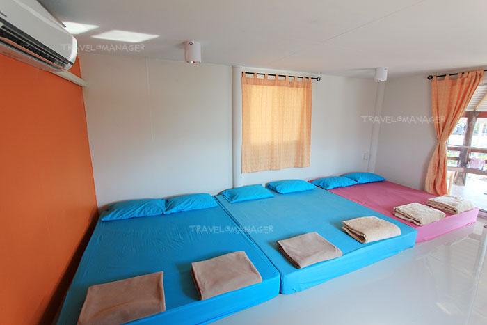 ห้องนี้นอนได้ 6 คน