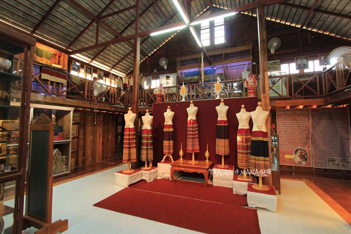 พิพิธภัณฑ์ผ้าซิ่นตีนจกไท-ยวน ลับแล จ.อุตรดิตถ์ จัดแสดงผ้าไทยทรงคุณค่ามากมาย