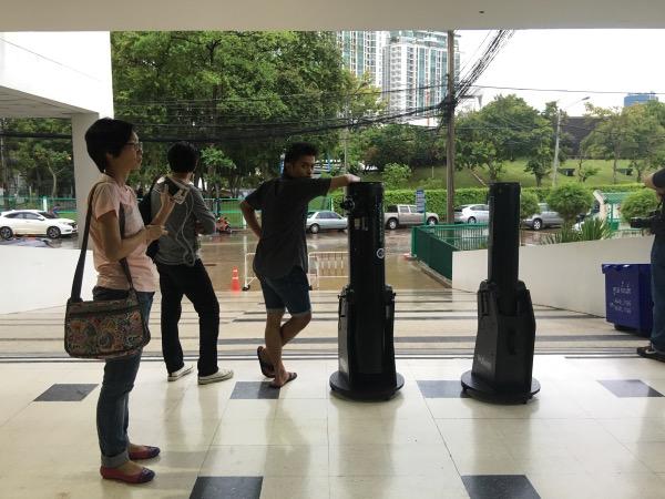ฝนตกหนักต้องเก็บกล้องเข้าในอาคารตั้งแต่ 18.00 น.