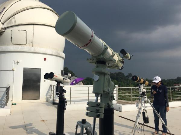 หอดูดาวฯ ฉะเชิงเทรา มีกล้องโทรทรรศน์หลากหลายประเภทรองรับการทำงานวิจัยของนักดาราศาสตร์