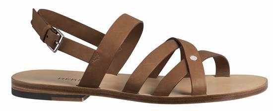 รองเท้าแตะหนังลูกวัว Sandal สานแบบแกลดิเอเตอร์ที่ให้อารมณ์ดิบๆ