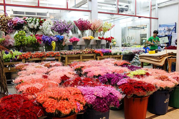 ดอกไม้สวยๆ ที่ปากคลองตลาด