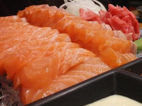 10 เรื่องสำคัญต้องดูก่อนกินปลาดิบ/นพ.กฤษดา ศิรามพุช
